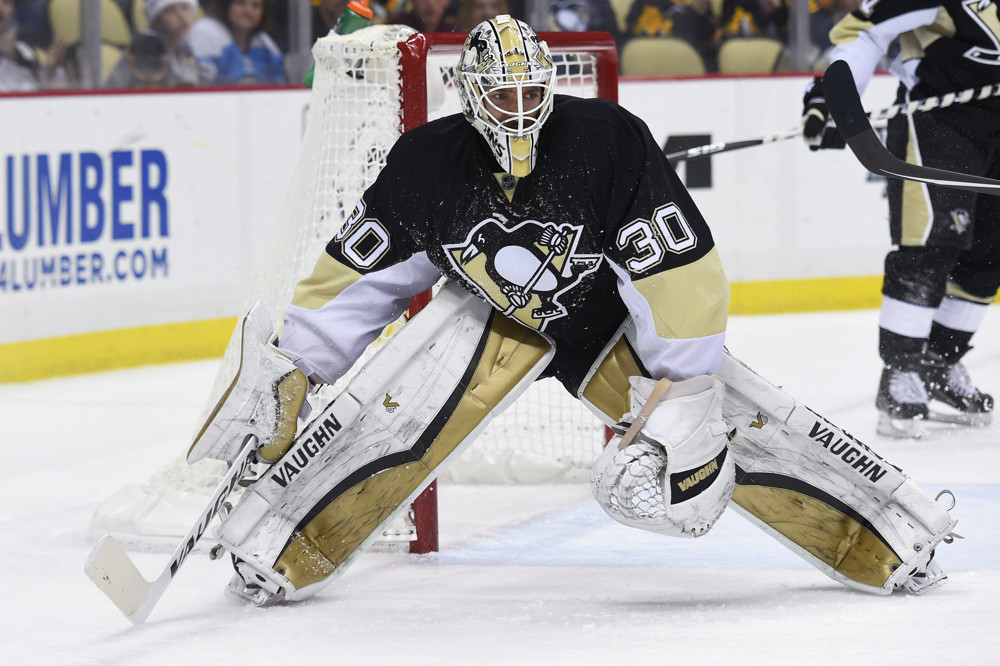 Penguins goalie Murray injured at World Cup