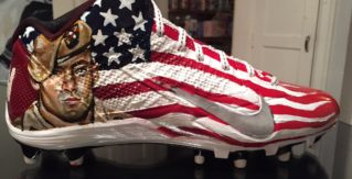 Antonio Brown to wear cleats featuring Pat Tillman