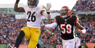 Le'Veon Bell continues superhuman December football