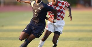 Riverhounds sign defender Tobi Adewole