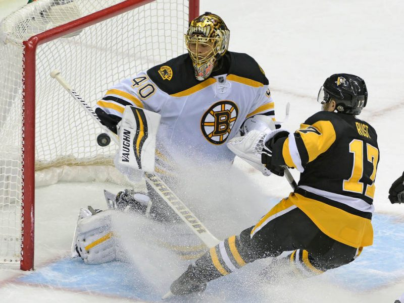 Rust scores in OT to give Penguins seventh straight win
