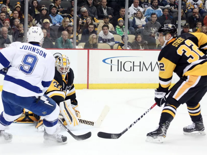 Penguins beat Lightning to snap two-game losing skid